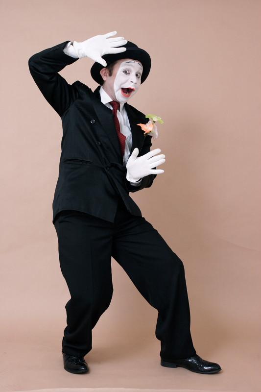 Пантомима клоунада мим